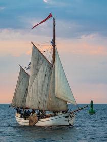 Segelschiff auf der Hanse Sail in Rostock by Rico Ködder