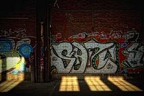 Graffiti und Sonnenlicht von Petra Dreiling-Schewe