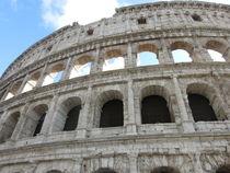 Ausschnitt des Colosseums in Rom by yvi-mueller