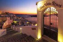 Fira Downtown by Thomas Herzog