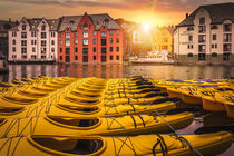 Yellow in Alesund by Nuno Borges