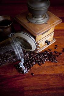 Coffee grinder by studioflara