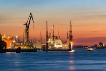 Nachtschicht im Hafen von Leif Benjamin Gutmann