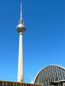 Fernsehturm in Berlin by gscheffbuch