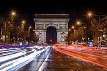 Nachts auf den Champs-Elysées by Philip Kessler