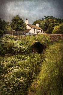 The Lock Keepers Cottage by Ian Lewis