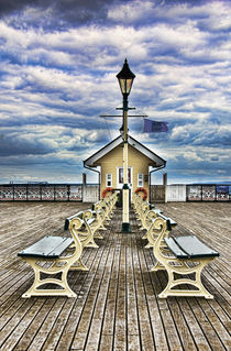 ' End Of The Pier Show' by Ian Lewis