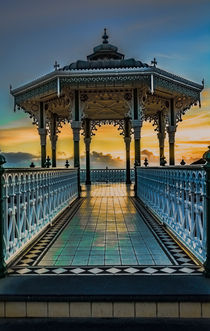 'The Victorian Bandstand at Brighton' von Ian Lewis