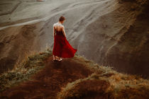 Das rote Kleid by Nancy Gürtler