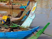 boote am mekong by k-h.foerster _______                            port fO= lio