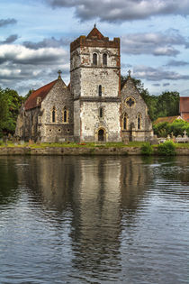 'Bisham Church Reflected' von Ian Lewis