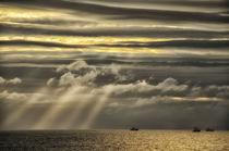 Sonnenstrahlen am Nordkap von Iris Heuer