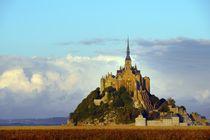 Le Mont Saint Michel, Normandy. Evening light von David Lyons