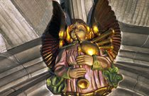 Angel playing bagpipes in the Thistle Chapel von David Lyons