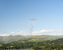 The Red Arrows Big Vixen formation over Windermere von David Lyons