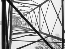 Strommast im Nebel von Nicole Bäcker