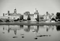 Mantua across Lago di Mezzo von David Lyons