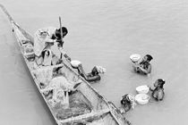 Hylas and the Nymphs on the Niger River. B&W von David Lyons