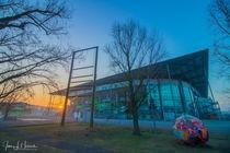 Sonnenaufgang an der VW-Arena in Wolfsburg by Jens L. Heinrich