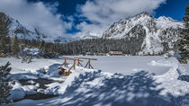 Snowy Popradske pleso in the High Tatras von Tomas Gregor