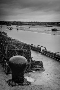 Amble Harbour by Colin Metcalf