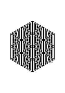 Geometric Triangles Design Black And White  von Maggie B. Design