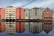 'Kontorhäuser in Trondheim' von Iris Heuer