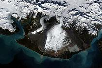 Satellitenaufnahme des Malaspina Gletschers in Alaska, USA von lavitsat