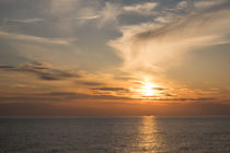 Schiff im Sonnenuntergang von m-pictures