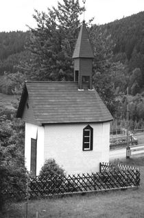 Kapelle. Schwarzwald. Chapel. Black Forest.  von fischbeck