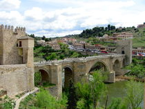 Alcantara bridge over the Tagus (Tajo) river.Toledo von ambasador