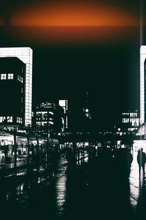 Nachts im Regen  von Bastian  Kienitz