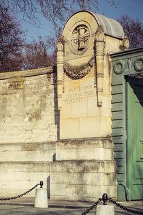 Père-Lachaise Paris by Jürgen Creutzburg