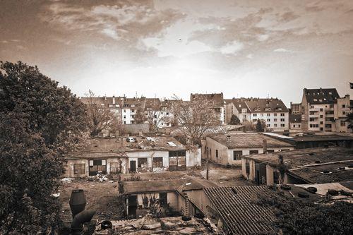 Hinterhof-001e-3000