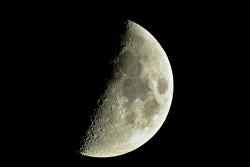 Mond-2018-004c-3000