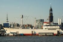 Hamburg Landungsbrücken - mit Caps San Diego, Michel & Fernseh-Turm von gini-art