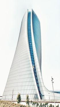 milan tower by emanuele molinari