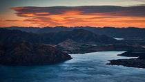 Lake Wanaka at Sunrise von Sebastian Warneke