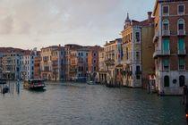 // Venedig - Canal Grande bei Sonnenuntergang // by Moritz Sewald