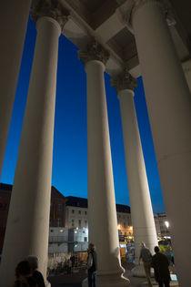 So himmelhoch die Säulen! by Hartmut Binder