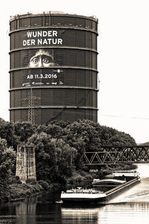 Gasometer Oberhausen (7-150732) B+W von Franz Walter Photoart
