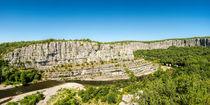 Blick auf den Fluss Ardèche im Süden Frankreichs in dem Départment Ardèche 2 von Thomas Klee