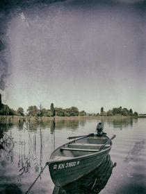 Ruderboot vor der Insel Reichenau - Bodensee by Christine Horn