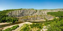 Blick auf den Fluss Ardèche im Süden Frankreichs in dem Départment Ardèche 4 von Thomas Klee