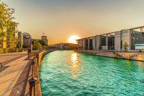 Sonnenuntergang im Regierungsviertel Berlin von Oliver Hey