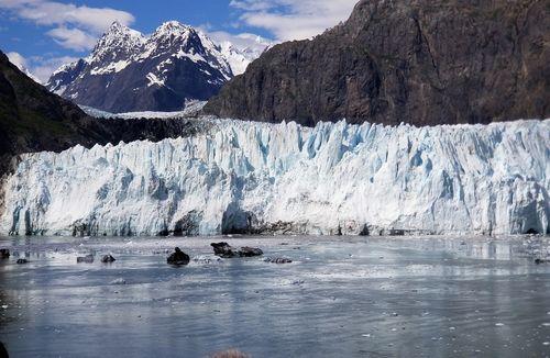 Alaska-glaciers-laptop