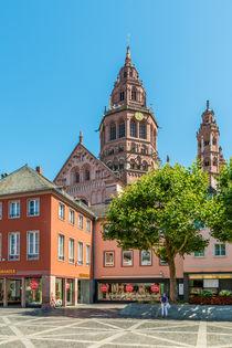 Marktplatz Mainz 35 by Erhard Hess