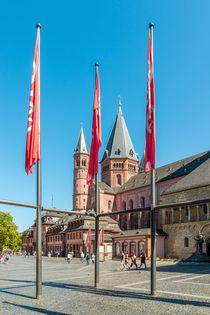 Marktplatz Mainz 34 by Erhard Hess