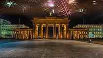 Simuliertes Silvesterfeuerwerk über dem Brandenburger Tor von Oliver Hey