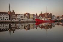 Früh morgens in Lübeck  von Andrea Potratz